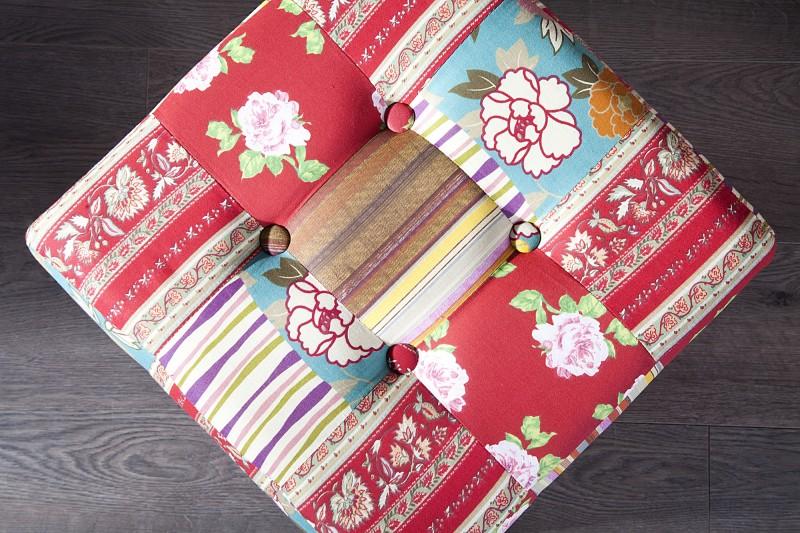 Pufa ibiza patchwork kare design nowoczesne meble kare for Design patchwork stuhl ibiza
